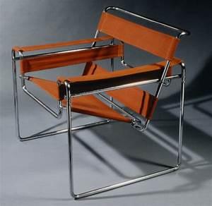 Wassily Kandinsky Chair : wassily armchair marcel breuer work of art heilbrunn timeline of art history ~ Markanthonyermac.com Haus und Dekorationen