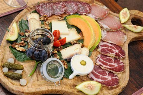 sejour ouvert sur cuisine u spuntinu où manger porto vecchio sud corse