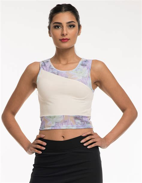 Yoga wear Tops, off white tank, with lightweight purple ...