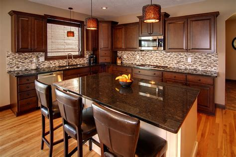 kitchen cabinet colors with stainless steel appliances