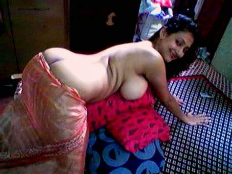 Indian Couple Desi Bedroom Chut Boobs Sucking Pix