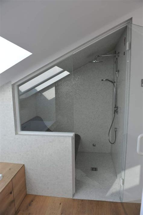 Kleines Schmales Bad Unter Dachschräge by Bildergebnis F 252 R Dfbad Dusche Dachschr 228 Ge House