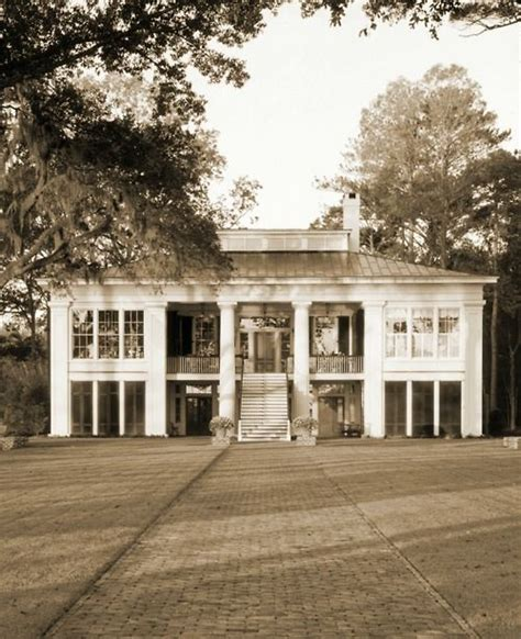 southern plantation style homes plantation if these walls could talk pinterest southern plantations southern style and
