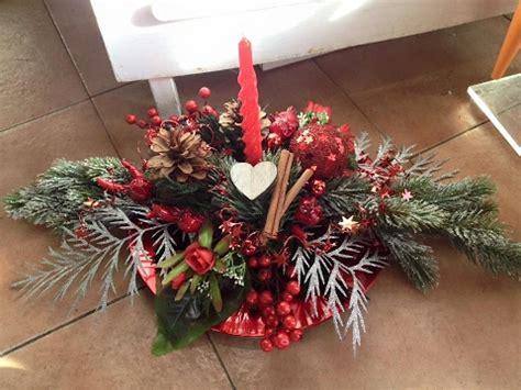 Composizione Natalizia Con Candele by Come Realizzare Un Centrotavola Per Natale Tutorial Passo