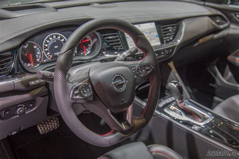 francfort  opel insignia gsi page  sur  asphaltech