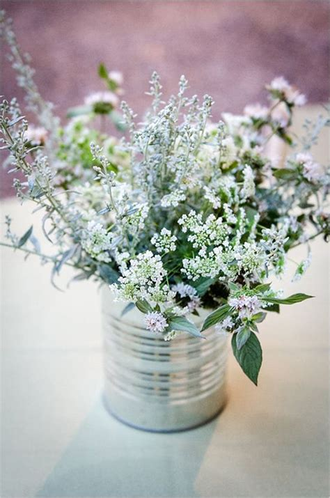 charming inexpensive country tin  wedding ideas