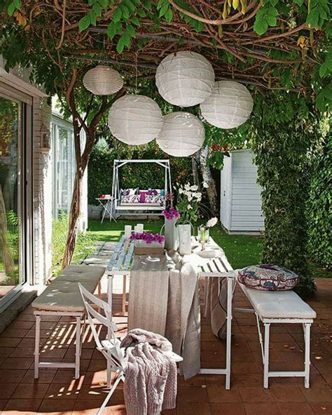 Outdoor Dining Yes Or No?