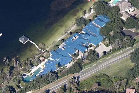 shaquille o neal house weird google earth shaquille o neal s house