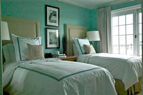 cool guest bedroom decorating ideas shelterness