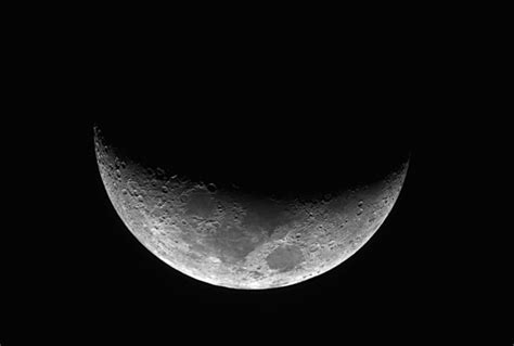 beautiful crescent moon pictures weneedfun
