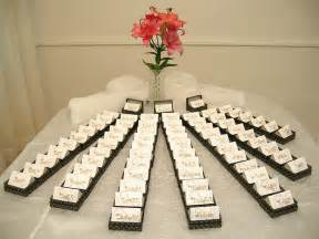 wedding gifts ideas 25 inetresting thank you wedding gift for the guests godfather style