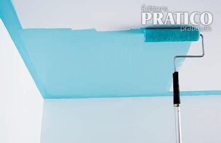 peindre un plafond facilement peindre un plafond technique de base en 233 d 233 coration et r 233 novation pratico pratique