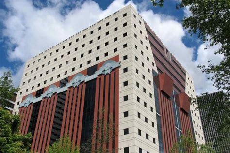 modern pedestal the problem of defining postmodern architecture widewalls