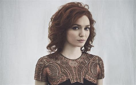eleanor tomlinson wallpapers images pictures  desktop hd