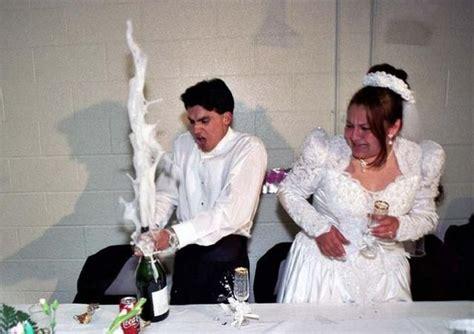 Funny And Awkward Wedding Photos (42 Pics
