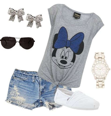 149 best Minnie Mouse images on Pinterest | Disneyland outfits Disney clothes and Disney ...