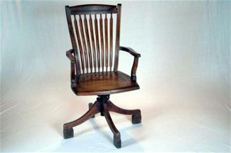 fauteuil de bureau ancien fauteuil de bureau ancien pivotant en teck
