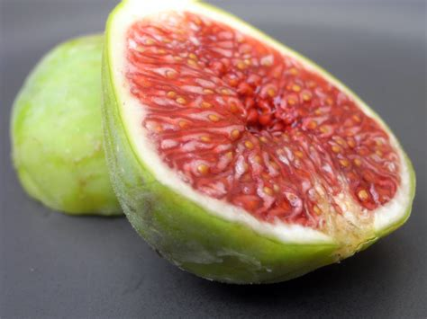 types of figs the green sanctuary what is the fig fruit and its benefits