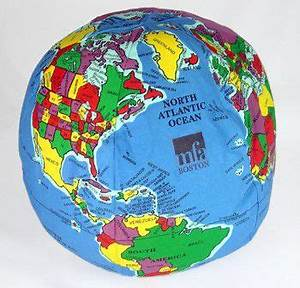 Hug a planet pillow globes soft stuffed world globe pillows for Best pillow on earth
