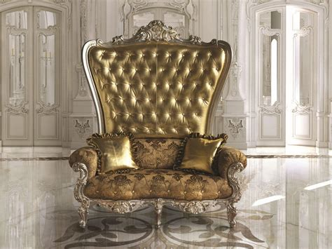 Large Classic Armchair For Luxurious Lobby And Restaurants