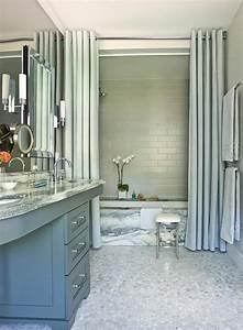 Amenagement Salle De Bain : ameublement de salle de bain rideaux ou parois originaux ~ Dailycaller-alerts.com Idées de Décoration