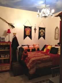 chambre harry potter d 233 coration th 232 me harry potter pour chambres de sorciers