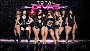 Total Divas: Season Five Coming to E! in January ...