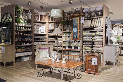 magasins de meubles  de decoration  barcelone