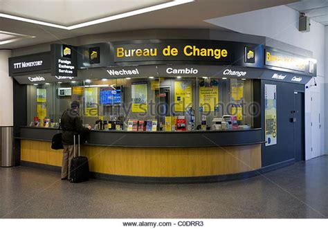 dublin airport bureau de change canvi stock photos canvi stock images alamy