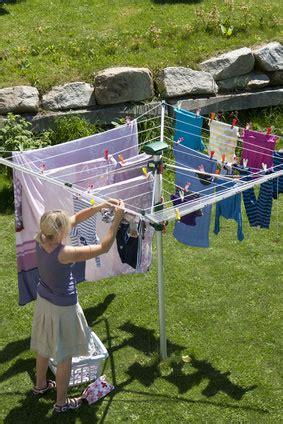Wäsche Im Schlafzimmer Trocknen by 10 Tipps Zum W 228 Schetrocknen Im Freien