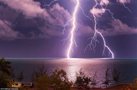 meteorology bureau australia the bureau of meteorology releases stunning photographs