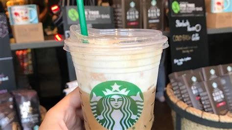 I wanted to save some bucks and not spend 3.55 for a large vanilla iced latte at starbucks but unfortunately starbucks is much yummier than this concoction. What Does Starbucks' Iced Vanilla Bean Coconutmilk Latte Taste Like? It's Sweet & Refreshing