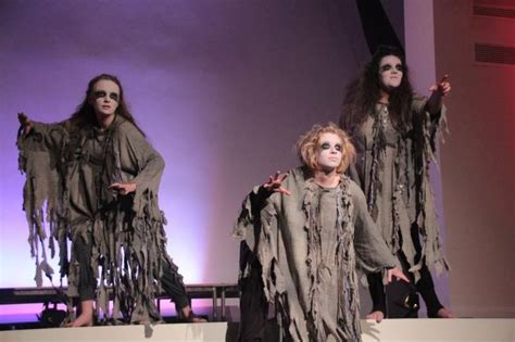macbeth production fantastic mesmerising and does absolute play costumes