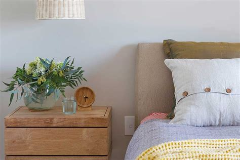 How To Give Your Bedroom A Makeover For Free Home