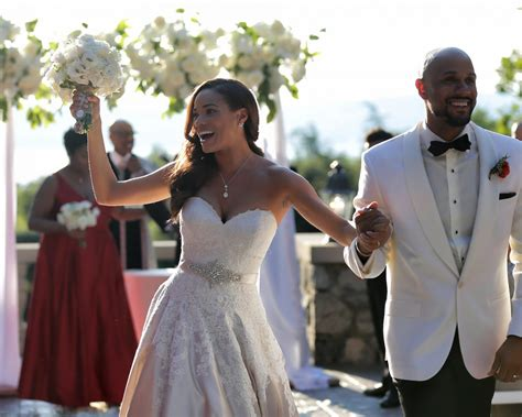 Rochelle Aytes Marries CJ Lindsey in Mansion Wedding: Photos
