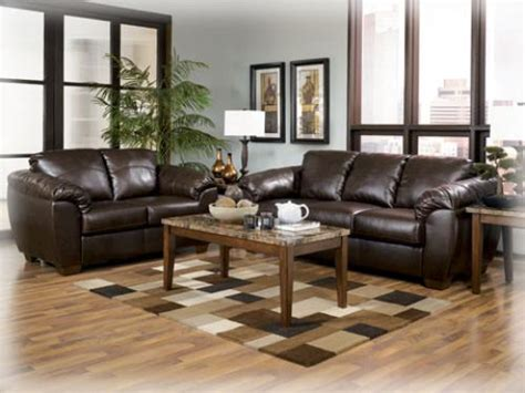 Light/dark Brown Colored Living Room Furniture Diy Wall Decor For Living Room Furniture Tables Oriental Dining Set Country Color Schemes Classic Ideas Design Singapore Club Chairs Balcony