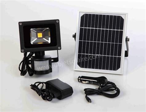 Eclairage Exterieur Solaire Puissant Projecteur Solaire Puissant 5 W Led Zs 500 Lumens Secteur Multi Rechargements Projecteurs