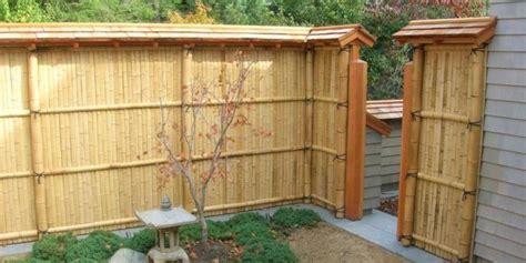 ide desain pagar rumah  bambu  unik pesona