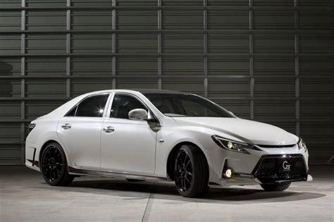 Toyota Mark X G Sport Carbon Fiber Roof Modification Car