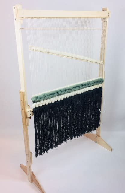 adjustable tapestry loom  grizzly beka