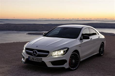 In4ride Mercedes Benz Cla 45 Amg Breaks Cover