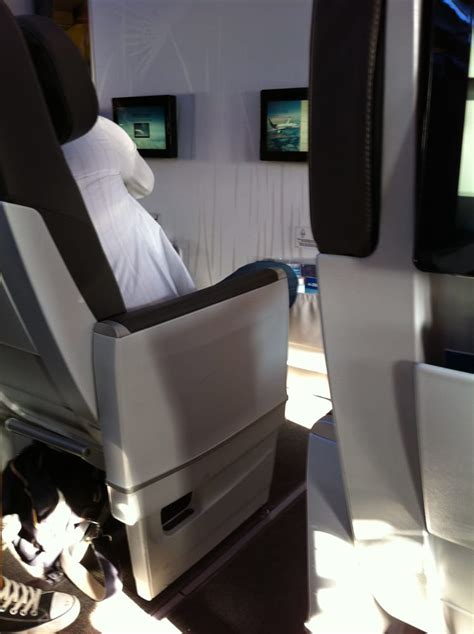 new club class seats in air transat looking at row 1