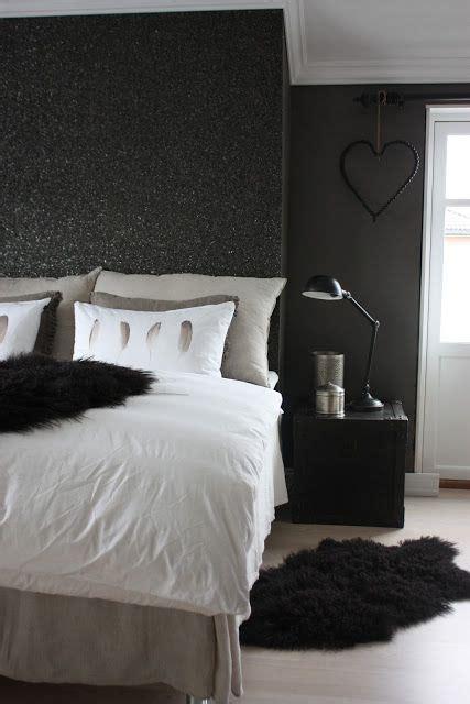 black glitter wall  happening glitter paint  walls home glitter bedroom