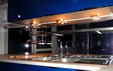 eclairage cuisine professionnelle l 39 éclairage d 39 une credence le décoration de