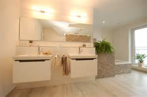 badezimmer fliesen holzoptik holzoptik fliesen im bad bild a90 badezimmer design 2017
