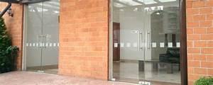 Puertas Abatibles de Cristal Templado