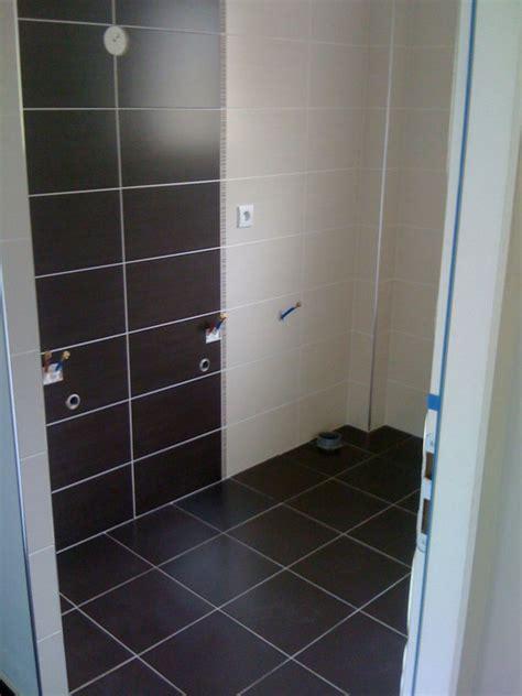 placard ou meubles dans une salle de bains 5 messages