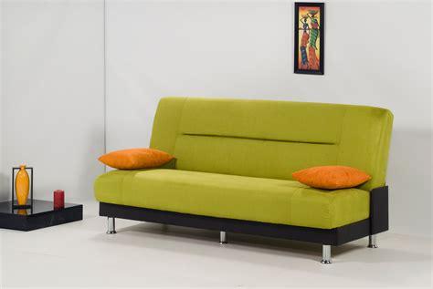 canapé de couleur le canapé une affaire de style et de couleurs canape bz