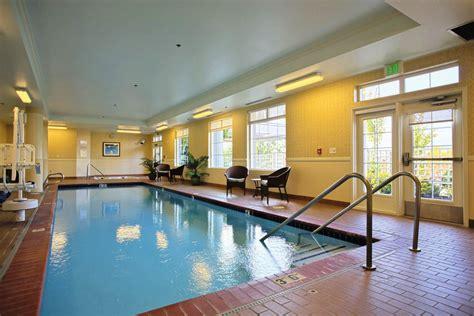 25 Stunning Indoor Swimming Pool Ideas