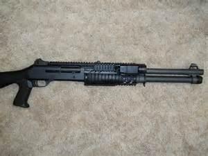 Combat Shotguns Benelli M4